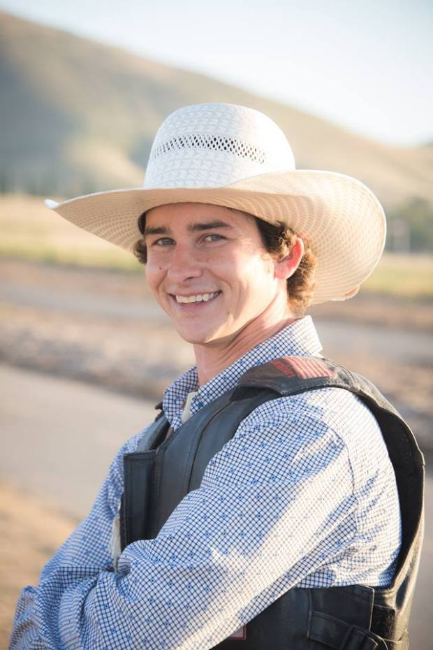 buckin cowboys 4